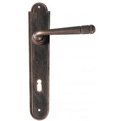 Kovaná klika model 2109